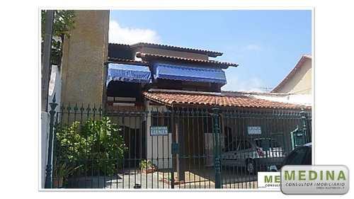 Casa, código 128 em Niterói, bairro São Francisco