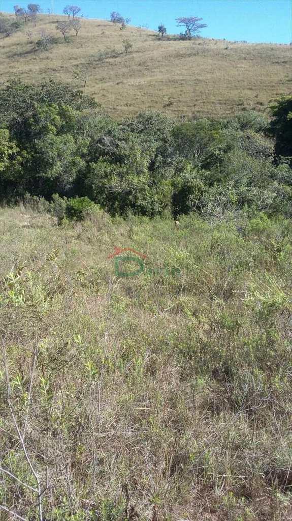 Terreno em Prados, no bairro Área Rural
