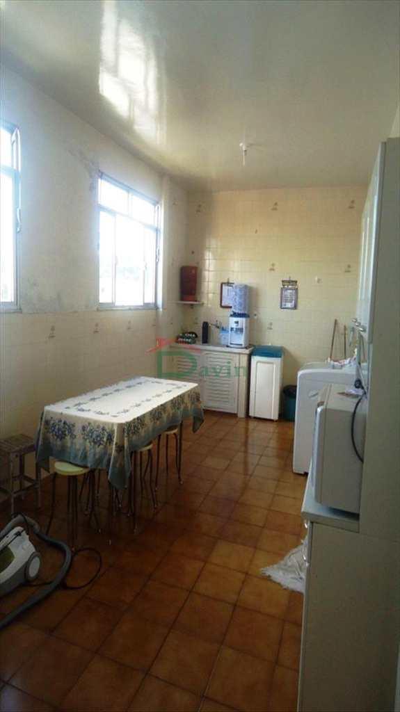 Apartamento em São João Del Rei, no bairro Fábricas
