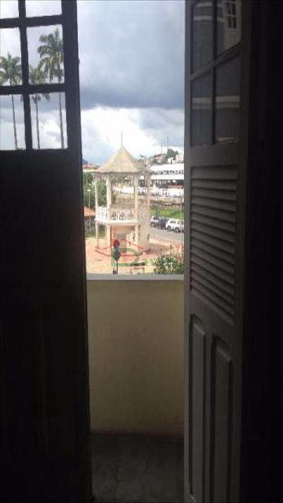 Casa em São João Del Rei, bairro Centro