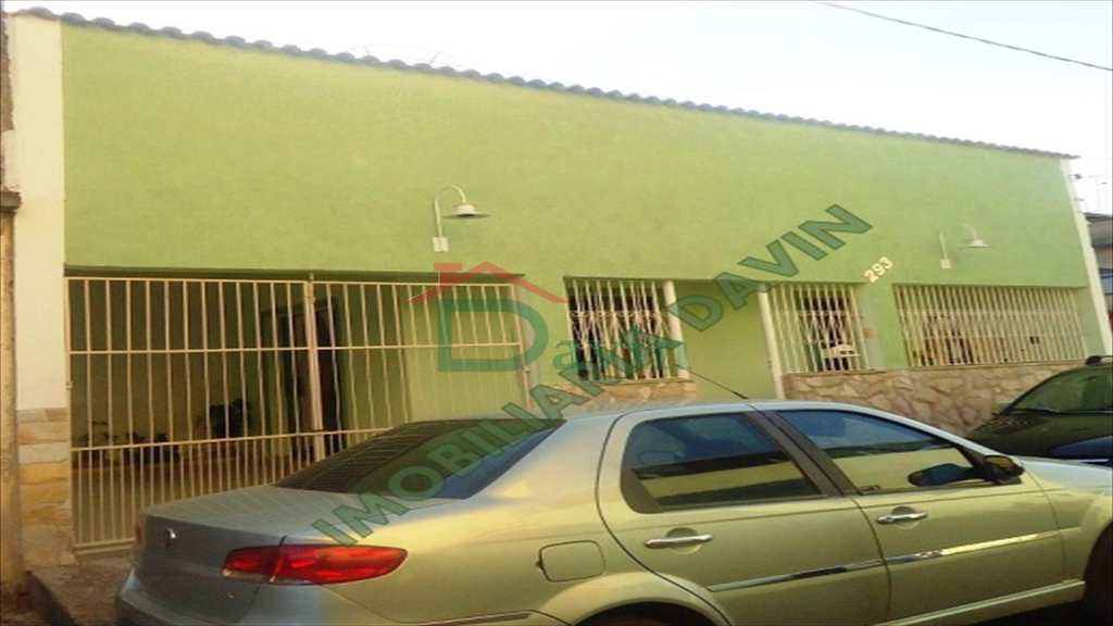 Casa em São João Del Rei, no bairro Cohab