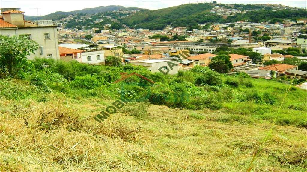 Terreno em São João Del Rei, bairro Jardim Central