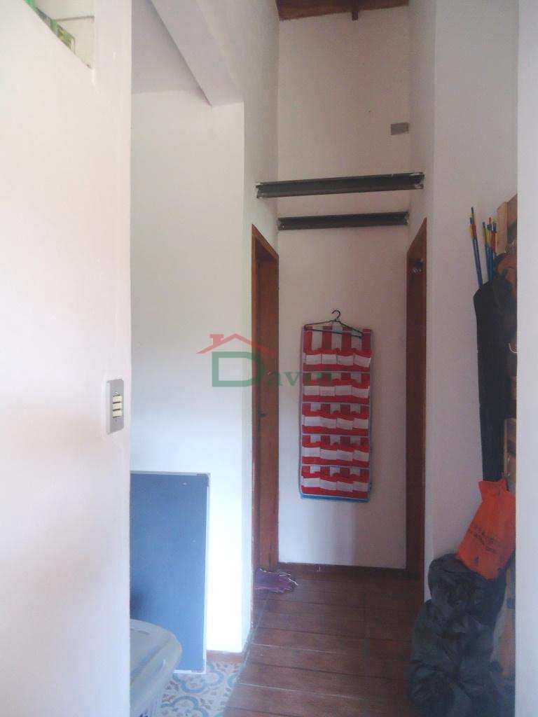 Casa em Tiradentes, bairro Águas Santas