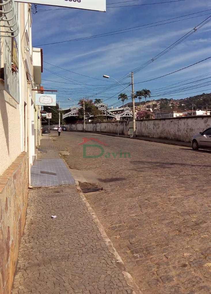 Casa Comercial em São João Del Rei, bairro Centro