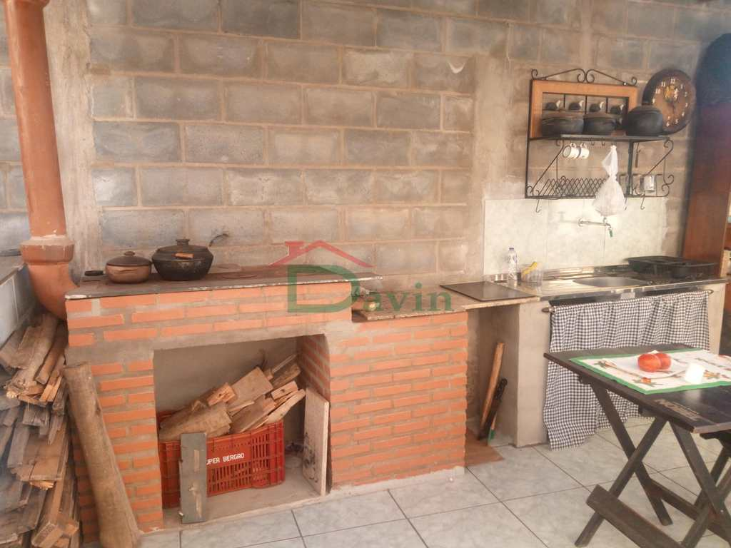 Casa em São João Del Rei, no bairro Solar da Serra (Colônia do Marçal)