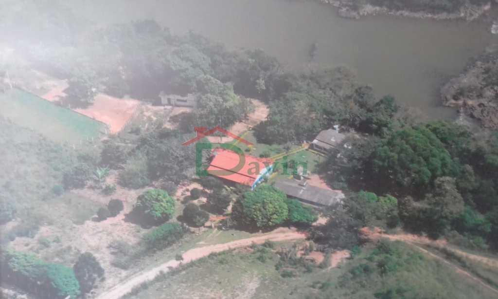 Rancho em Nazareno, no bairro Centro