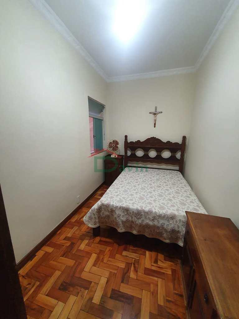 Casa em São João Del Rei, no bairro Fábricas