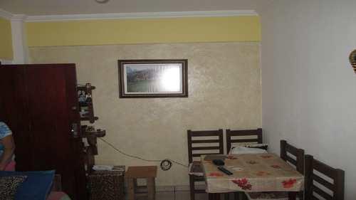 Apartamento, código 535 em Itanhaém, bairro Centro