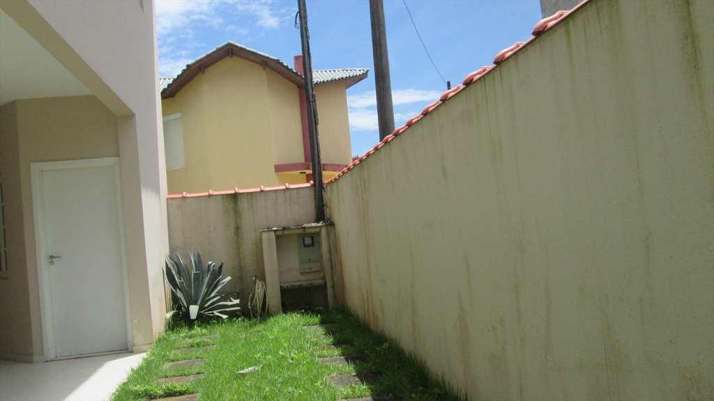 Sobrado em Itanhaém, no bairro Balneário Campos Elíseos