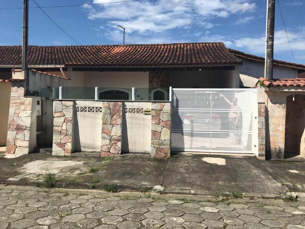Casa em Itanhaém, no bairro Savoy