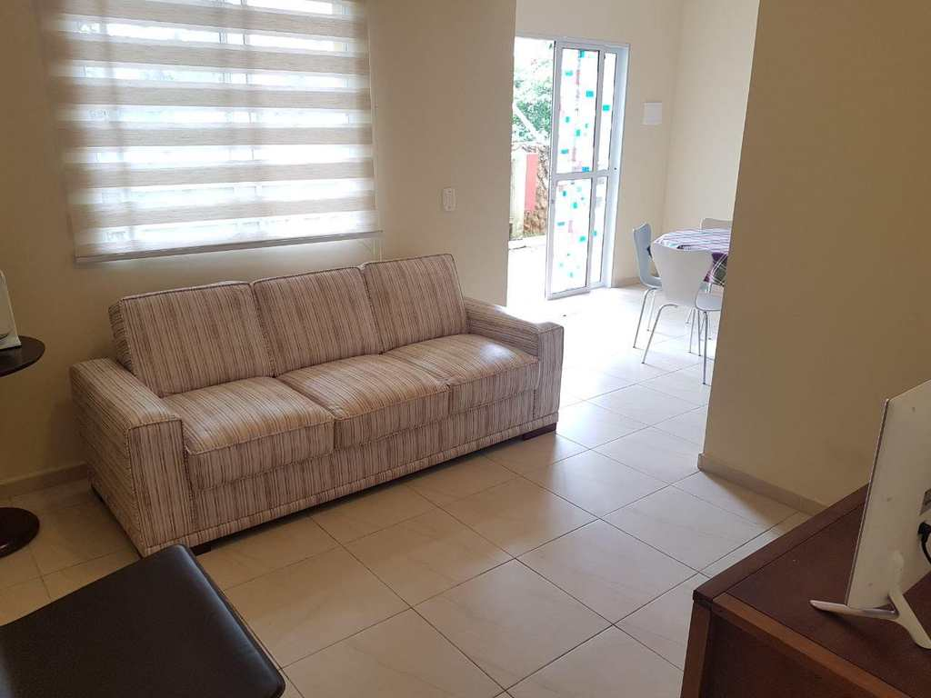 Casa em Itanhaém, no bairro Balneário Umuarama