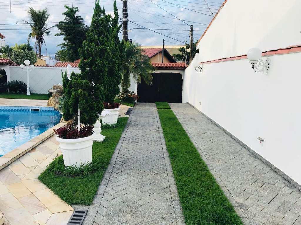 Casa em Itanhaém, no bairro Jardim Mosteiro