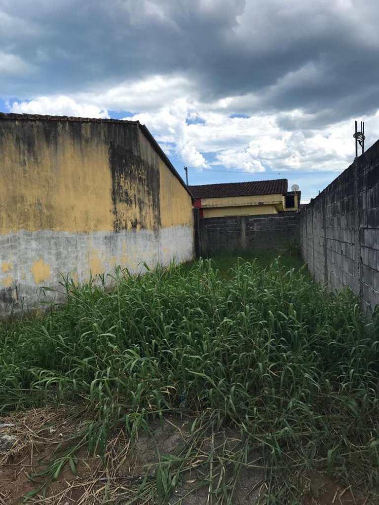 Terreno em Itanhaém, no bairro Jardim Oásis