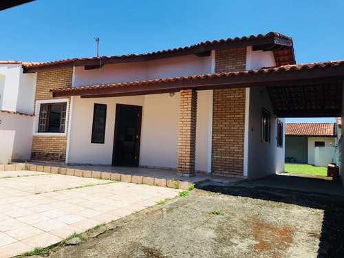 Casa, código 887 em Itanhaém, bairro Balneário Walquene
