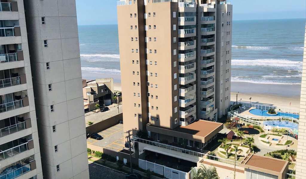 Apartamento em Itanhaém, bairro Centro