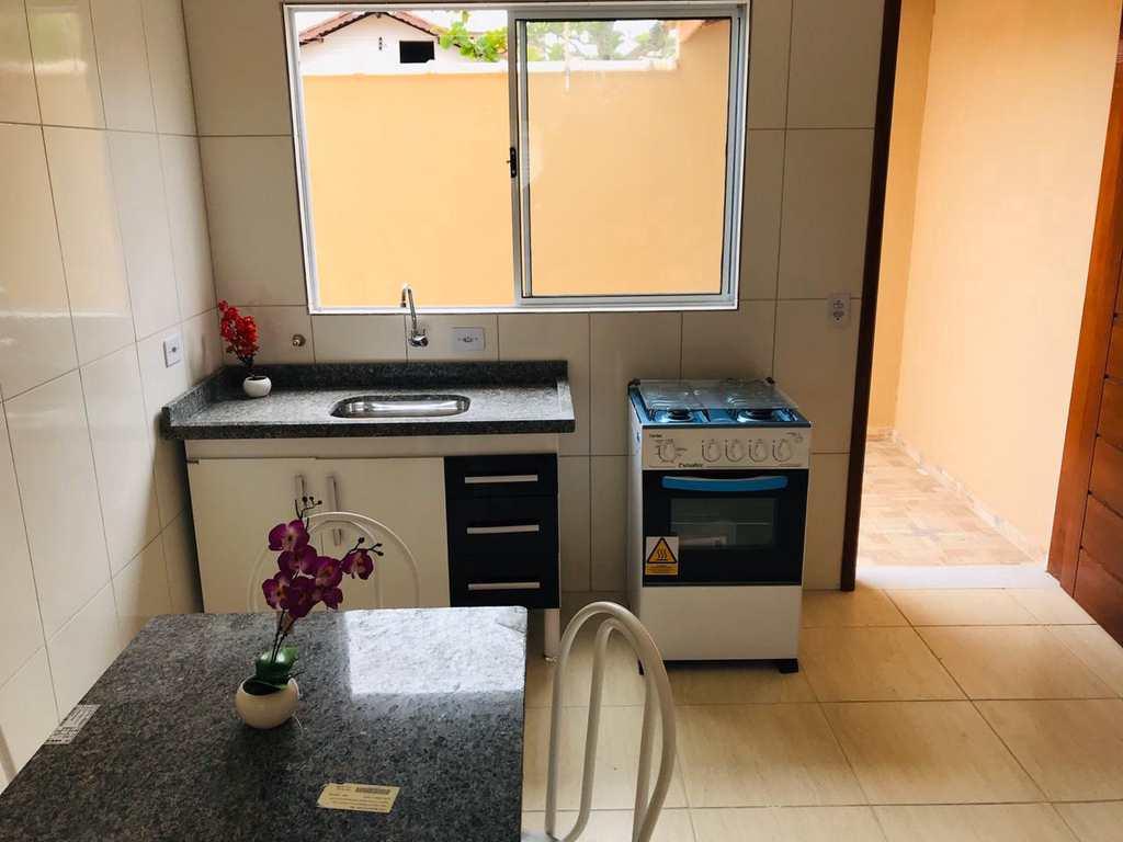 Casa em Itanhaém, no bairro Balneário das Palmeiras