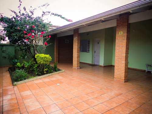 Casa, código 1002 em Itanhaém, bairro Centro