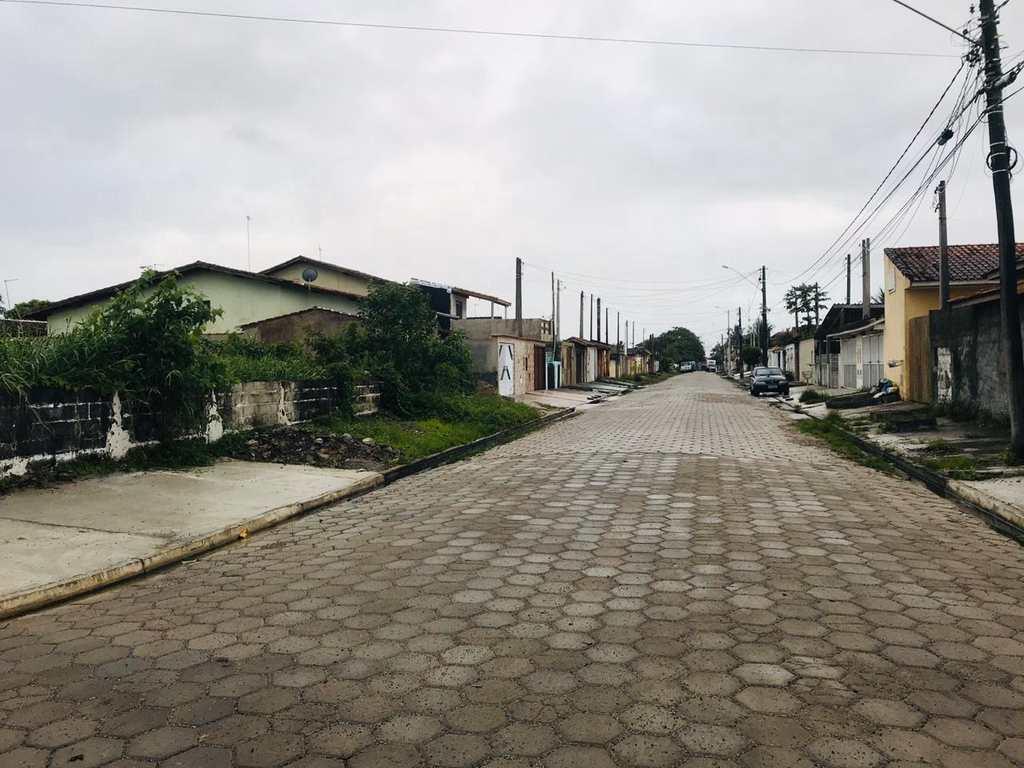Terreno em Itanhaém, no bairro Balneário Gaivotas