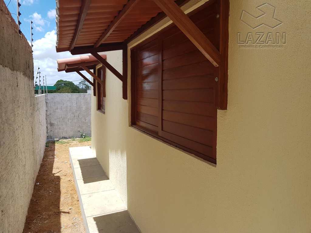Casa em Parnamirim, no bairro Parque Arco Verde