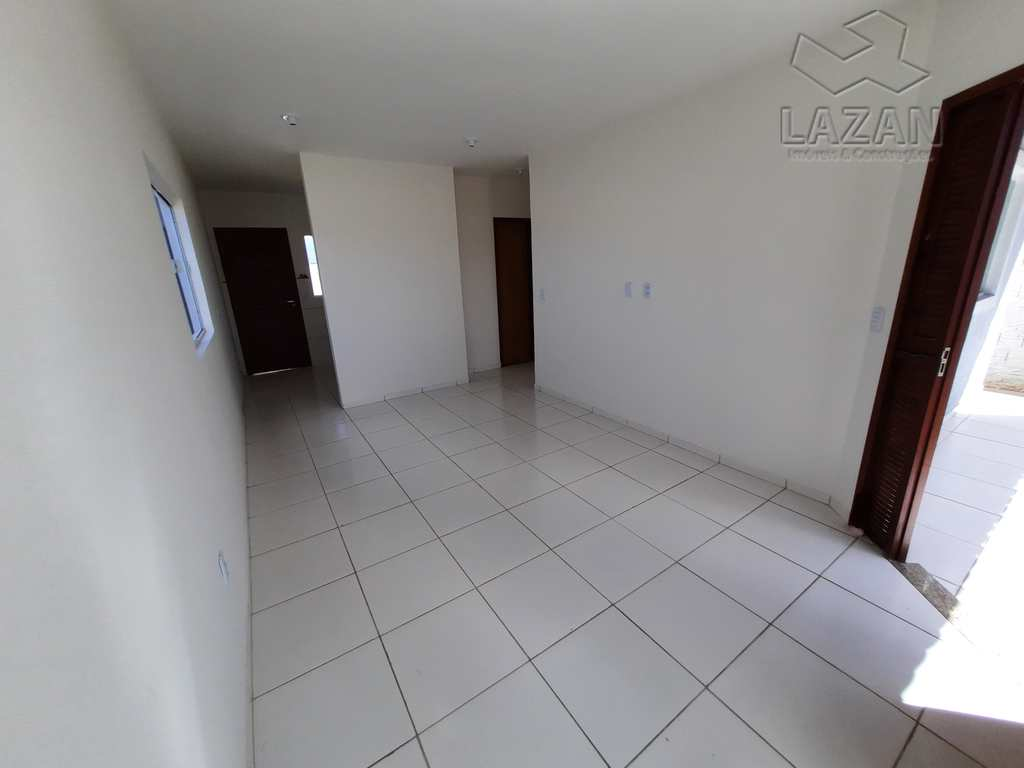 Casa em São Gonçalo do Amarante, no bairro Flores do Campo