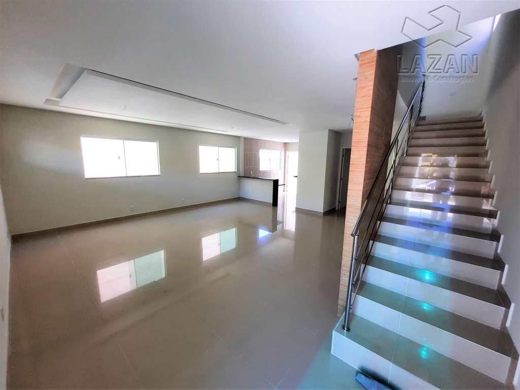 Casa de Condomínio em Parnamirim, no bairro Nova Parnamirim