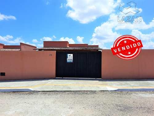 Casa, código 402 em São Gonçalo do Amarante, bairro Santos Dumont