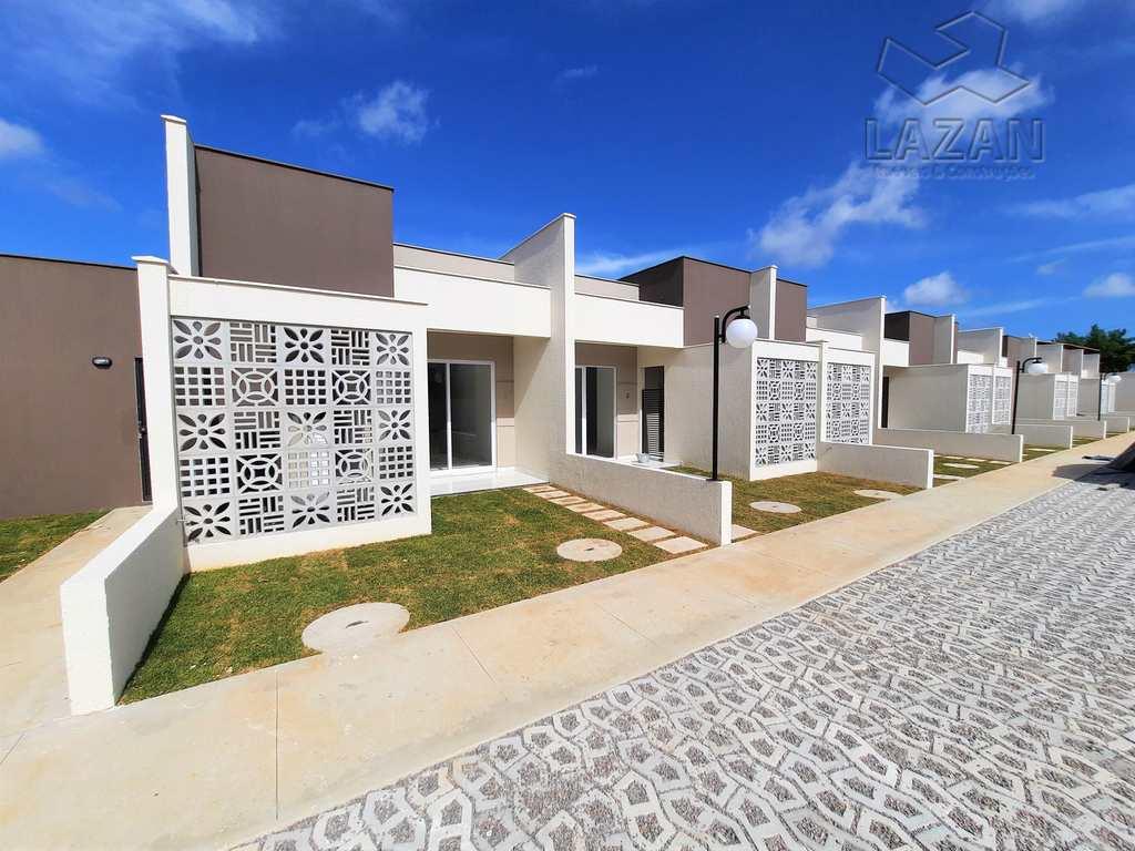 Casa em Parnamirim, no bairro Parque das Árvores