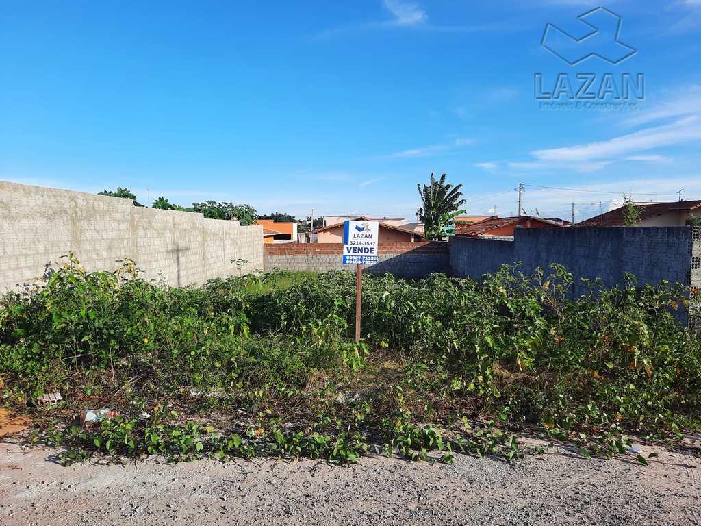 Terreno em São Gonçalo do Amarante, no bairro Santos Dumont