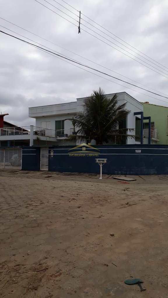Sobrado em Peruíbe, no bairro Maria Helena Novaes