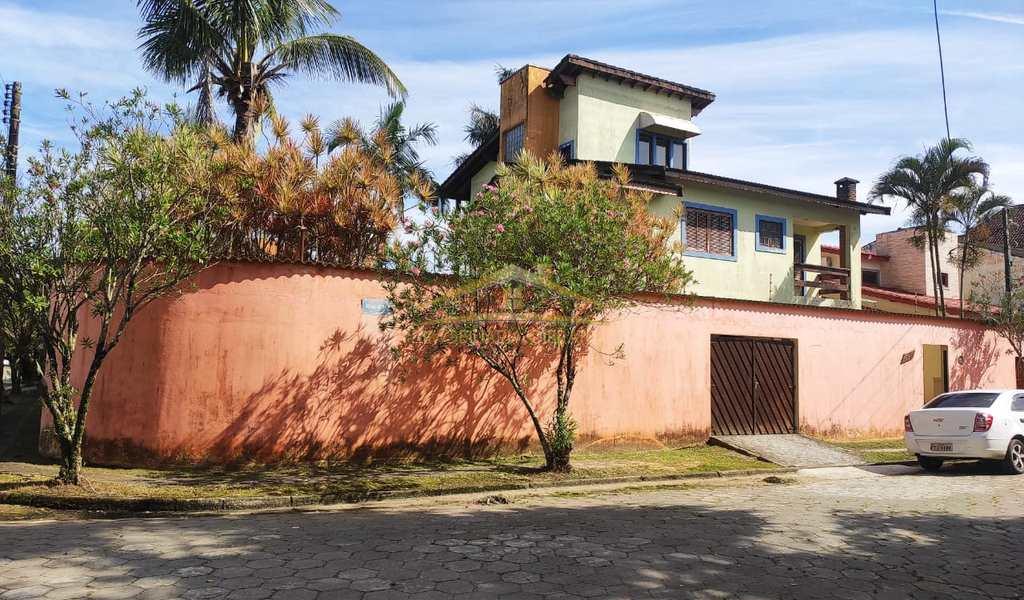 Sobrado em Itanhaém, bairro Cibratel I