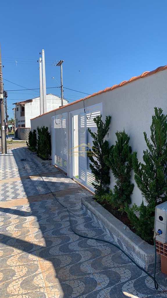Casa em Itanhaém, no bairro Jd. Regina