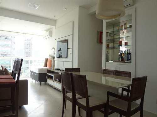Apartamento, código 4211 em Guarujá, bairro Balneário Cidade Atlântica