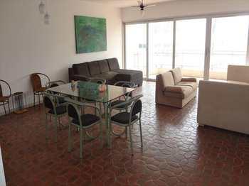 Apartamento, código 4212 em Guarujá, bairro Pitangueiras