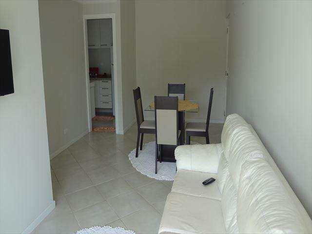Apartamento em Guarujá, no bairro Jardim Três Marias
