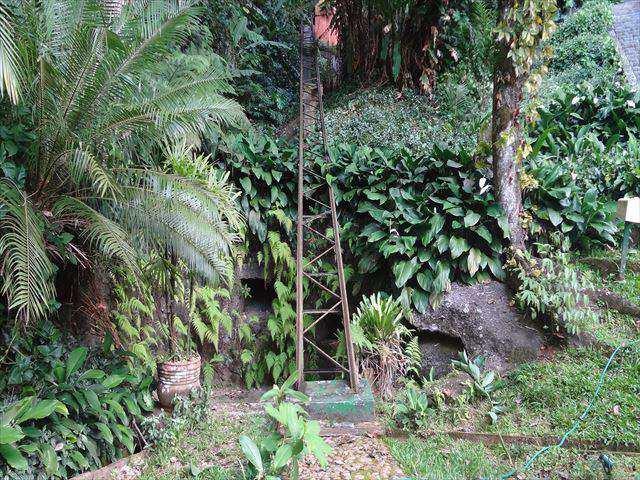 Casa em Guarujá, bairro Sítio São Pedro