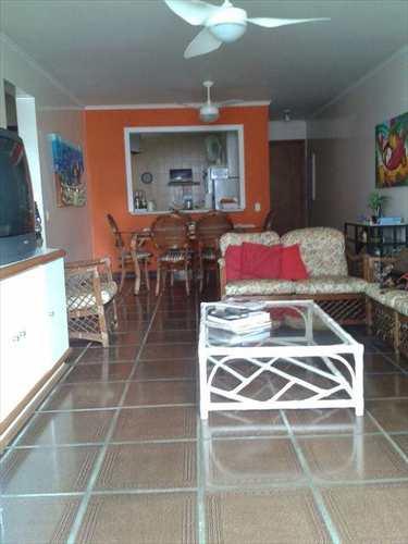 Apartamento, código 4084 em Guarujá, bairro Enseada