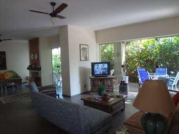 Casa, código 3952 em Guarujá, bairro Balneário Praia do Pernambuco