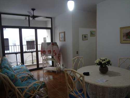 Apartamento, código 3939 em Guarujá, bairro Praia da Enseada