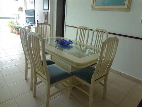 Apartamento, código 4068 em Guarujá, bairro Praia da Enseada