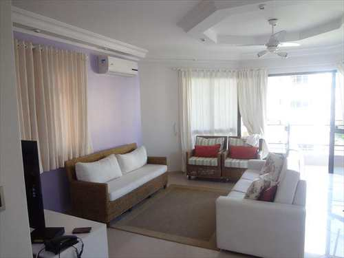 Apartamento, código 3773 em Guarujá, bairro Praia da Enseada