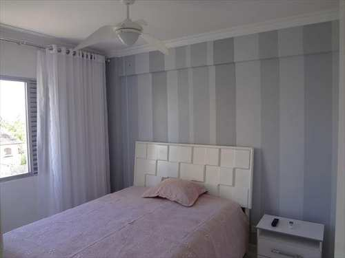 Apartamento, código 3365 em Guarujá, bairro Praia da Enseada