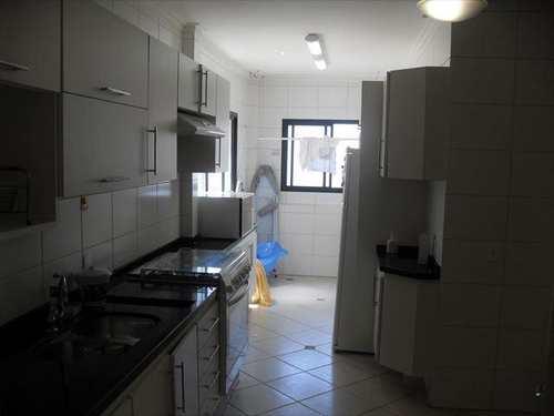 Apartamento, código 3318 em Guarujá, bairro Praia da Enseada