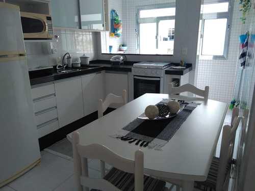 Apartamento, código 3242 em Guarujá, bairro Enseada