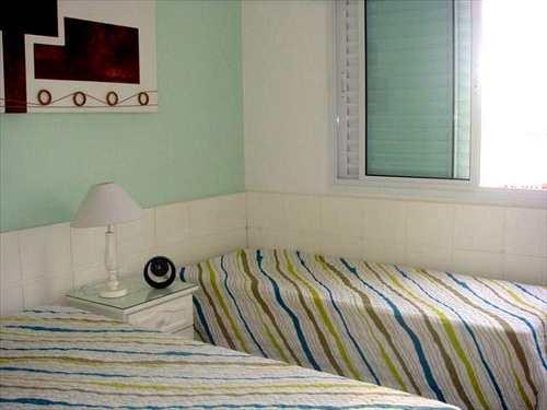 Apartamento, código 2978 em Guarujá, bairro Jardim Enseada
