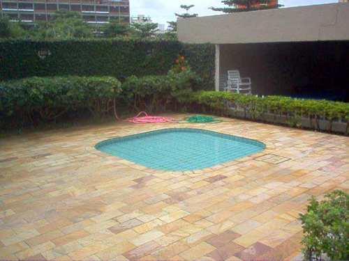 Apartamento, código 2520 em Guarujá, bairro Jardim Enseada