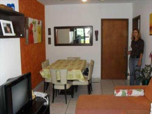 Apartamento, código 2464 em Guarujá, bairro Enseada