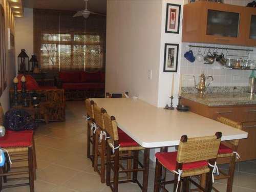 Apartamento, código 2398 em Guarujá, bairro Enseada
