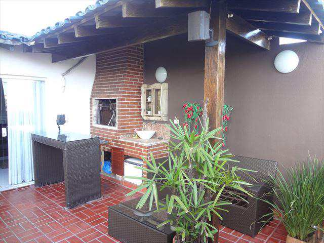 Cobertura em Guarujá, bairro Jardim Praiano