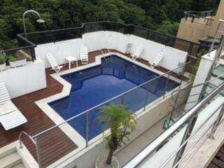 Cobertura em Guarujá, bairro Barra Funda