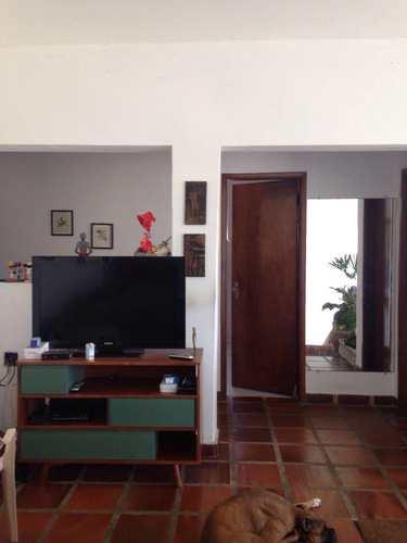 Casa, código 4303 em Guarujá, bairro Jardim Virgínia